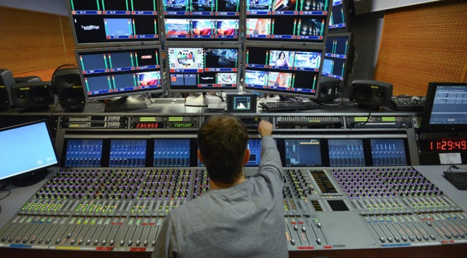 Russia fast-tracks law limiting foreign media ownership to 20%