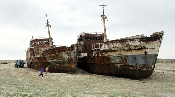 Aral Sea: How one of the world's largest lakes turned into a ship cemetery (VIDEOS)