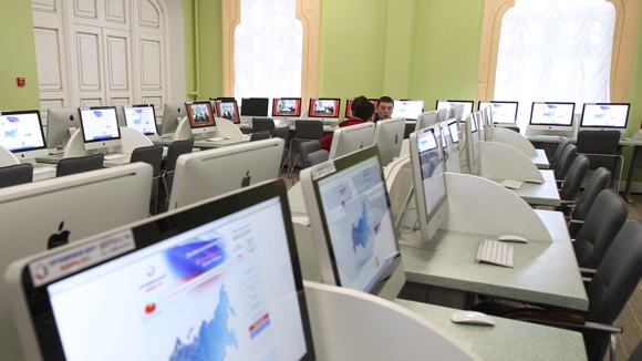 Министров и их заместителей обяжут учить информатику