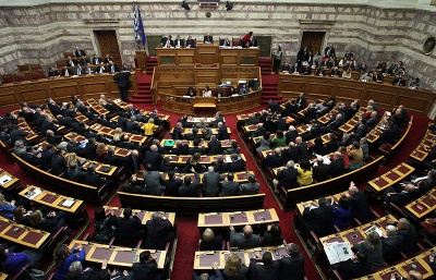 Greek parliament approves holding referendum on July 5